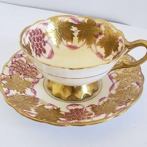 La Vigne D'or Royal stafford Tea Cup saucer GOld